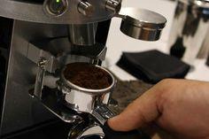 """#CuriousCoffee Un molinillo """"On Demand"""" es la mejor manera de garantizar que nuestro #café será siempre #reciénmolido"""