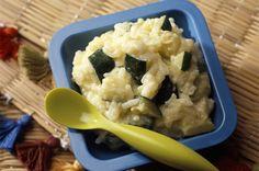 Pour 1 portion – Temps de préparation : 10 minutes – Temps de cuisson : 20 minutes Lavez, épluchez et coupez en morceaux les carottes, courgettes et champignons. Dégraissez et découpez également le veau en petits morceaux pour faciliter la cuisson. Dans un premier temps, placez les carottes et courgettes dans le panier du bas...Lire la suite → Kids Meals, Easy Meals, Childrens Meals, Baby Cooking, Bbq Apron, Grilling Gifts, Grilled Meat, Baby Food Recipes, Food Videos