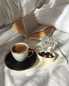 Pazar keyfinize keyif katın.  Enjoy your Sunday.  #selamliqueistanbul #türkkahvesi #turkishcoffee