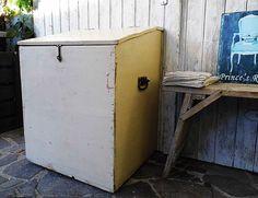 Vintage Truhen - Truhe industrial Kiste Originalzustand Loft Style - ein Designerstück von Gerne_wieder bei DaWanda