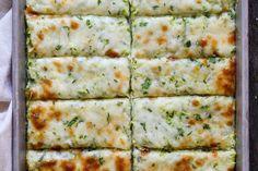 Cheesy Zucchini Breadsticks - Momsdish Zucchini Bread Recipes, Vegetable Recipes, Vegetarian Recipes, Zuchinni Bread, Zucchini Casserole, Vegetable Dish, Appetizer Recipes, Dinner Recipes, Appetizers