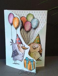 """Verwendete Materialien: Stempelsets: """"Crazy Birds"""" und """"Crazy Things"""" von Tim Holtz und """"Bake me a Cake"""" von Lawn Fawn weißer Cardstock Designerpapier mit Caromu…"""