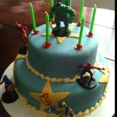 Super hero cake- simple would just have to find the figurines...
