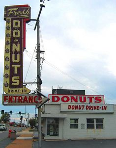 Do-Nuts Drive-In St. Louis, MO by Neato Coolville, via Flickr