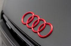 Red rings on stunning Matte Black! This Audi Red Audi, Black Audi, Matte Black, Black Cars, Audi R8 V10, Audi Rs, My Dream Car, Dream Cars, Ducati