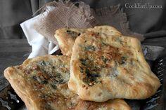 Zaatar, ένα φανταστικό επίπεδο ψωμί από την Παλαιστίνη Greek Appetizers, Cheese Pies, Yams, Bakery, Rolls, Food And Drink, Snacks, Vegan, Cooking