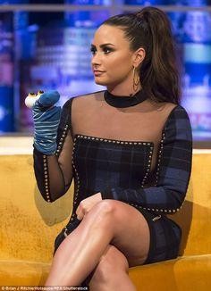 Demi Lovato details intervention which got her sober Camp Rock, Glee, Demi Lovato Legs, Selena Gomez, Beautiful Celebrities, Beautiful Women, Beautiful Smile, Demi Lovato Albums, The Jonathan Ross Show