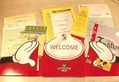 2005 Disney World New Employee Kit