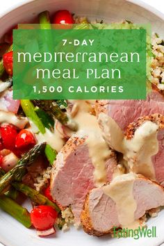 Mediterranean Meal Plan: Calories This meal plan is designed by EatingWell's registered dietitians and culinary experts to offer healthy and delicious meals for a Mediterranean diet. The Mediterranean diet emphasizes fruits, veget 1500 Calorie Meal Plan, 500 Calorie Meals, Easy Mediterranean Diet Recipes, Mediterranean Dishes, Mediterranean Diet Breakfast, Med Diet, Calories, Diet Meal Plans, Dash Diet Meal Plan
