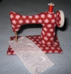 Sewing Machine - Pattern & Tutorial