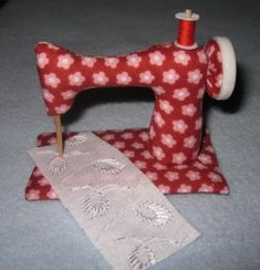 Sewing Machine - Pattern & Tutorial