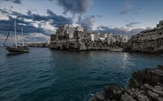 Télécharger fonds d'écran Polignano a Mare, Italie, Mer Adriatique, la côte, les vagues, la mer