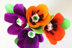This Creepy Crepe Paper Flower Project is the the perfect mix of creep and cool - a fun craft for Halloween!