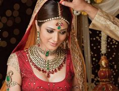 50 Best Indian Bridal Makeup Tips - Wedding day is a one time event in our lifetime and it is something we fantasize many a times. It's a that very special day where we want each and everything perfect, best and upto our mark. But this strive for per Indian Wedding Makeup, Indian Wedding Jewelry, Indian Bridal Wear, Asian Bridal, Bridal Jewellery, Indian Jewelry, Indian Weddings, Bridal Tiara, Headpiece Wedding