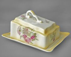 James Kent Old Foley vintage cheese dish & lid blush ivory effect c1950-80s http://www.ebay.co.uk/itm/290700342175