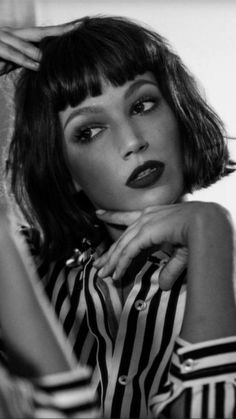pebaicons — ursula corbero lockscreens like if you save – Hair Styles Hair Inspo, Hair Inspiration, Costume Noir, Photographie Portrait Inspiration, Grunge Hair, Hairstyles With Bangs, Black And White Photography, New Hair, Portrait Photography