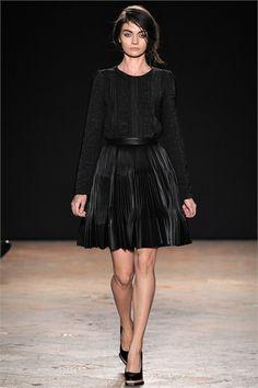 Sfilata Marco De Vincenzo Milano - Collezioni Autunno Inverno 2013-14 - Vogue