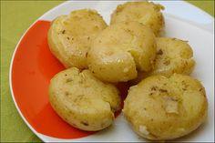 Hoje para o jantar temos...: Batatas a Murro com Alho e Orégãos