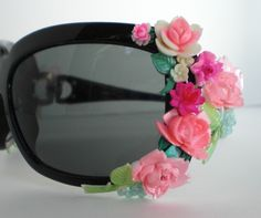 Bumbershoot Designs and Supplies: Using Vintage Flower Cabochons: DIY Embellished Sun (flower) glasses