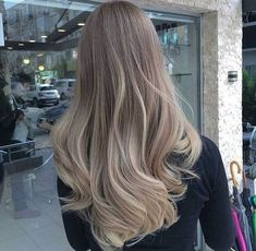 Long Shaggy Bob - Brown Ombre Hair Solutions for Any Taste - The Trending Hairstyle Brown Hair With Blonde Highlights, Brown Ombre Hair, Brown Hair Balayage, Hair Color Balayage, Brown Hair Colors, Hair Highlights, Hair Colour, Color Rubio, Hair Shades