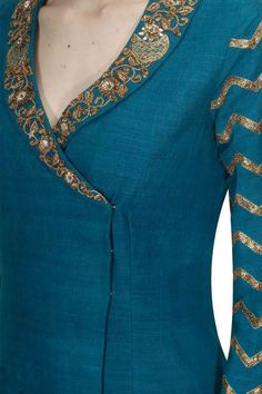 Designer Kurtis for Women in Fashion 2019 - Kurti BlouseDetailing with embroidery and buttons Churidar Neck Designs, Kurta Neck Design, Kurta Designs Women, Salwar Designs, Kurti Designs Party Wear, Latest Kurti Designs, Neck Designs For Suits, Neckline Designs, Designs For Dresses