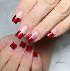 No one will reject acrylic nails, because their elegant and perfect nail shape can make fingers look slender and very easy to show personal charm. And if you like simple and stylish design, check out these 48 simple acrylic nails, you will love it. Silver Nail Designs, Acrylic Nail Designs, Nail Art Designs, Polygel Nails, Nail Manicure, Cute Nails, Black Acrylic Nails, Simple Acrylic Nails, Simple Nails