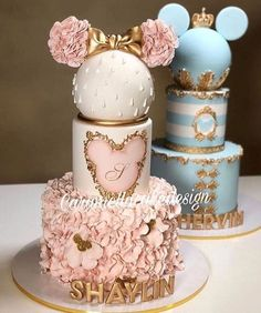 22 Cute Minnie Mouse Cake Designs Cake 22 Cute Minnie Mouse Cake Designs - The Wonder Cottage Minnie Mouse Cake Design, Minnie Mouse Birthday Cakes, Baby Birthday Cakes, Birthday Parties, Birthday Cake Disney, Mickey Mouse, Minnie Mouse Baby Shower, Twin Birthday, Mickey Birthday