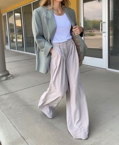 1 – Casual Outfit For Teens Casual Outfits For Teens, Date Outfit Casual, Winter Outfits, Summer Outfits, Hailey Baldwin, Work Fashion, Fashion Outfits, Womens Fashion, Fashion Pants