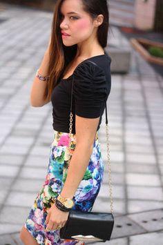 High Waisted Floral Skirt!