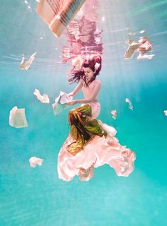 Underwater photo shoot by Ilse Moore