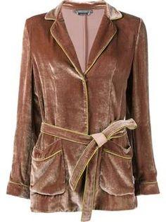 бархатный пиджак с поясом