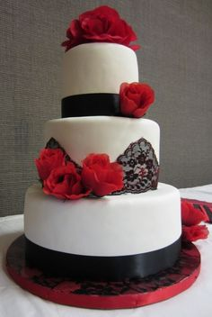 Black Lace & Red Roses