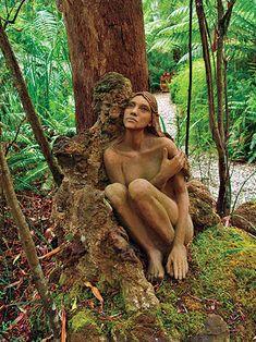 Hand-crafted wooden figures at Bruno's Art Sculpture Garden, Marysville, Victoria, Australia. Sadly, these were destroyed in terrible bushfires. Marysville Victoria, Decoration Branches, Wood Sculpture, Sculpture Garden, Tree Carving, 3d Fantasy, Wow Art, 3d Prints, Parcs