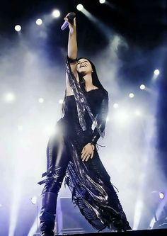 Amy Lee - evanescence, Powerfully beautiful