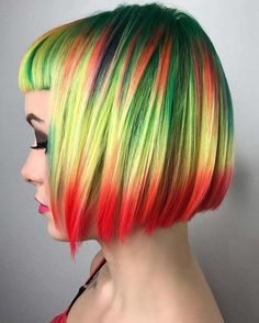 Coloring short hair with best and unique highlights is best ideas to make them look awesome and attractive. Here you can see the best tone for short haircuts to get charming hair look in 2018. This is the combination of various hair colors for short hair.