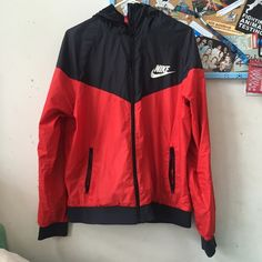Vintage Nike Windbreaker In perfect condition!! only worn once so there's no imperfections. Nike Jackets & Coats