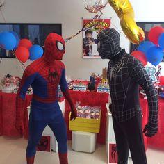 Animação de festa com os personagens de Homem Aranha - Homem Aranha e Homem Aranha Preto, realizada no dia 25/02/2018 no Salão de festas do condomínio na Vila Canero. #megafest #animação #personagensvivos #personagem #Homemaranha #recreação #Homemaranhapreto