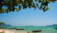 Voyage Thailande Lastminute, promo séjour Phuket pas cher à lHôtel Rawai Palm Beach Resort 4* prix promo Lastminute de 895,00 € TTC au lieu de 1 265.00 €