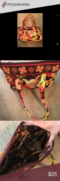 Selling this Vera Bradley medium shoulder bag on Poshmark! My username is: rmarie4. #shopmycloset #poshmark #fashion #shopping #style #forsale #Vera Bradley #Handbags