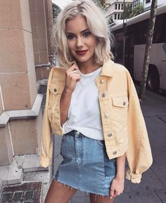 Basic summer outfits - 15 Cute Casual Outfits To Have In Your Closet – Basic summer outfits Street Style Outfits, Mode Outfits, Fashion Outfits, Fashion Trends, Skirt Outfits, Fashion Clothes, Demin Skirt Outfit, Legging Outfits, Travel Outfits