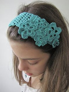 Little Treasures: Sea green lacey headband