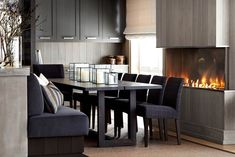 Get Inspired By These Dark Dining Room Décor Ideas! Dining Room Design, Dining Room Furniture, Kitchen Design, Dining Rooms, Ski Lodge Decor, Condo Living, Modern Room, Modern Decor, Luxury Furniture