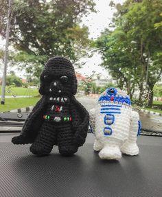 crocheted darth vader & r2d2 amigurumi