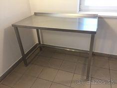 Gastro zariadenie - 1 Corner Desk, Entryway Tables, Furniture, Home Decor, Corner Table, Decoration Home, Room Decor, Home Furnishings, Home Interior Design