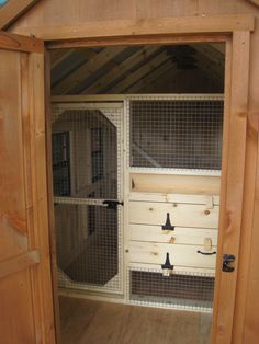 Sunset Barns provides quality small and modular horse barns. View page 1 in our Chicken Coops, Small Animal Shelters gallery! Cheap Chicken Coops, Chicken Coop Decor, Diy Chicken Coop Plans, Chicken Coop Designs, Chicken Ladder, Grand Designs Houses, Quail Coop, Raising Farm Animals, Barn Stalls