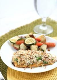 Easy Baked Pecan Crunch Salmon on MyRecipeMagic.com. This baked salmon ...