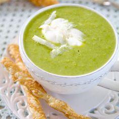 Grön ärtsoppa och parmesanstänger Veggie Soup, Frisk, Food For Thought, Parmesan, Veggies, Appetizers, Japanese, Meals, Dinner