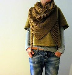 Gold/olive/grey/ denim : Ravelry: Paris toujours shawl pattern by Isabell Kraemer