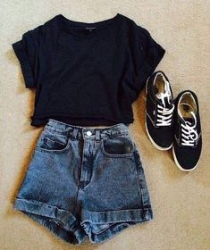 Casual attire- denim High waisted shorts, black top, vintage hipster trainers, High waisted shorts with a dark blue wash Spring Outfits, Winter Outfits, Casual Outfits, Cute Outfits, Hipster Summer Outfits, Basic Outfits, Short Outfits, Casual Summer Clothes, Lazy Day Outfits For Summer