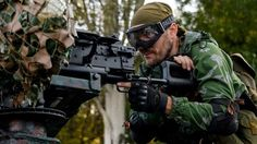 Pro-Russian rebel in Donetsk region (31 August 2014) Ukrainian forces are battling pro-Russian rebels at the international airport of the eastern city of Luhansk, a Ukrainian military official has said.
